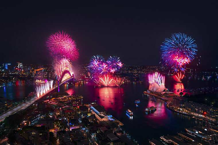 NYE New Years Eve fireworks on Sydney Harbour non-ccc dnsw